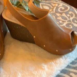 Refresh Shoes - 🔴New, never worn wedges